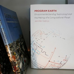 Program Earth